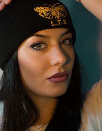lonistattoo_beanie_black_yellow01