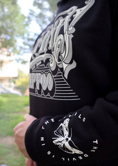 lonistattoo_hoodie_lune3